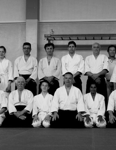 Nekobukai. Partecipanti della scuola di Aikido in posizione per foto di gruppo